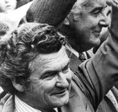 Image of Gough Whitlam and ACTU President Bob Hawke.